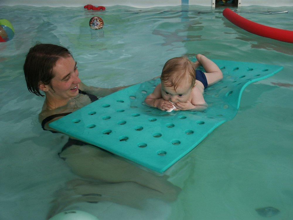 B b s nageurs enfants avec parents piscine mental 39 for Piscine enfant 3 ans