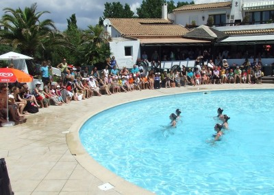 DEMONSTRATION NATATION SYNCHRONISEE